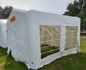 אוהל מתנפח